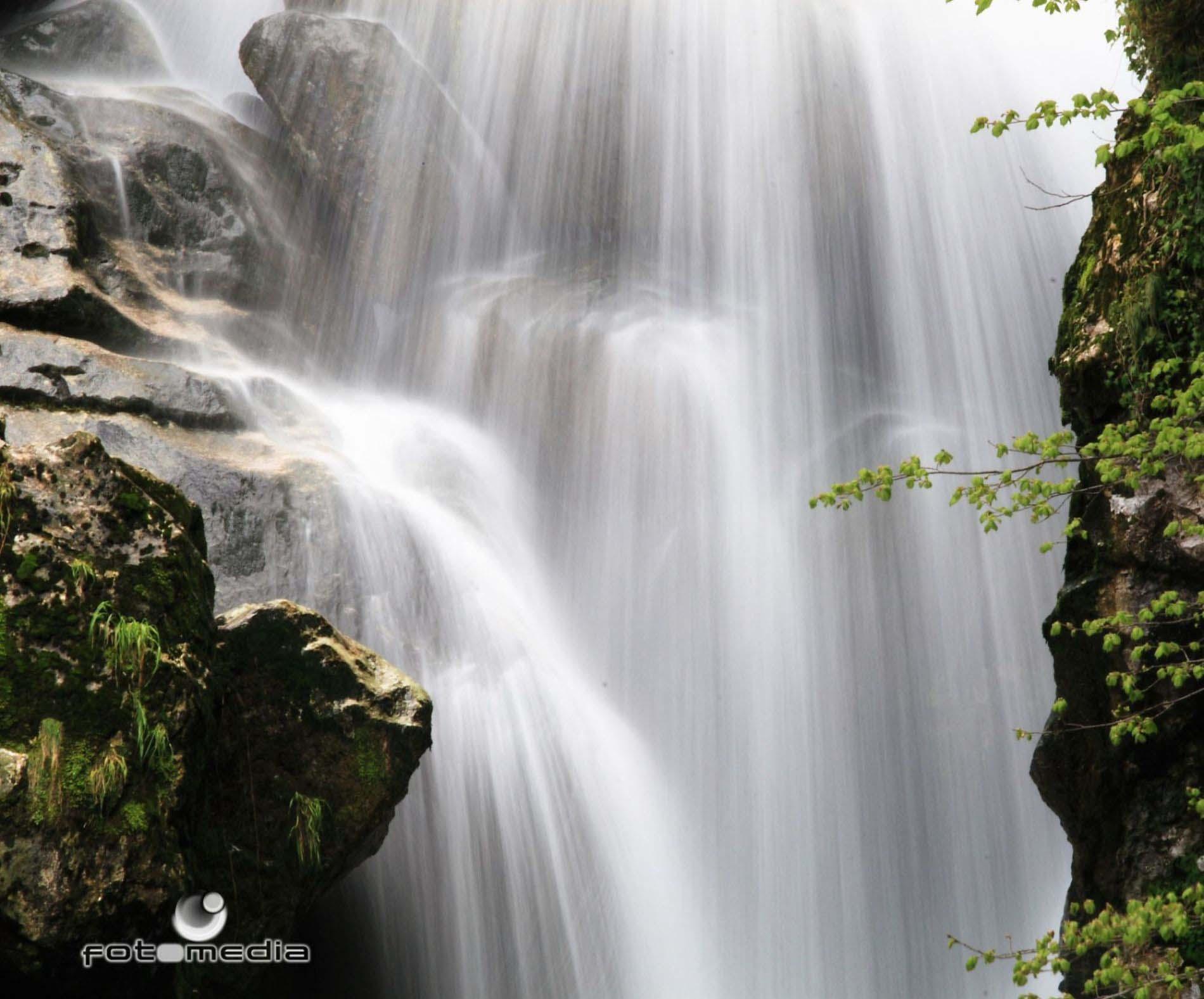 Curso de chakras alamo dorado 39 s blog for Cascada par